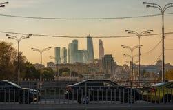 与导线的莫斯科风景 免版税图库摄影