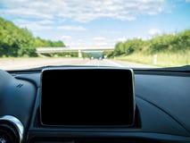 与导航系统的汽车内部 图库摄影