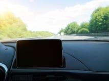 与导航系统的汽车内部 库存照片