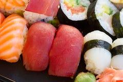 与寿司盘的午餐 库存图片