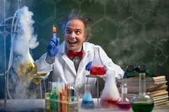 与射入的疯狂的化学 图库摄影