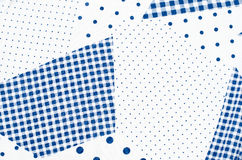 与小和大圆点的方形的检查桌布样式 库存图片