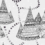 与小径的地道圆锥形帐蓬 皇族释放例证