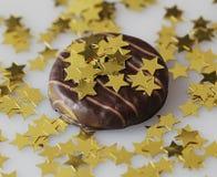 与小的星的蛋糕 免版税库存图片