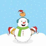 与小的逗人喜爱的孩子和爱鸟的雪人 皇族释放例证