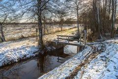 与小雪的荷兰冬天风景 免版税图库摄影