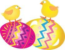与小鸡的复活节彩蛋 免版税库存图片