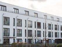 与小围场的现代豪华市内住宅 免版税库存图片