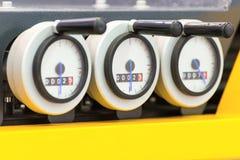 与尖尖的三个圆的柜台 测量仪器 免版税库存图片