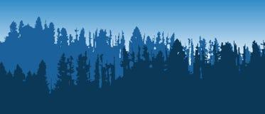 与层状树木丛生的山的美好的蓝色传染媒介风景 免版税库存图片