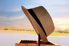 与帽子的风景 库存图片