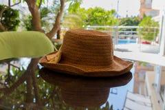 与帽子的Stll生活 库存照片