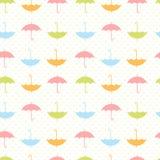 与平的伞的秋天无缝的样式 库存照片