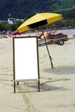 与广告牌的海滩在泰国 免版税库存照片