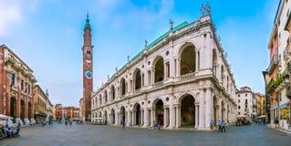 与广场Dei绅士的著名大教堂Palladiana在威岑扎,意大利 免版税库存图片