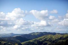 与云彩02的谷 免版税库存照片