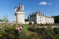 与庭院的Chenoncheaux城堡 免版税库存图片