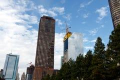 与建造场所的芝加哥地平线 库存照片