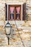 与开放棕色木快门的好的窗口和 免版税图库摄影