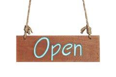 与开放词的木标志 免版税库存照片