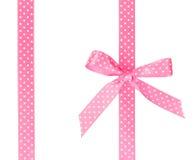 与弓的两条桃红色丝带 免版税库存图片