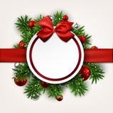 与弓的白色圆的纸圣诞卡。 皇族释放例证