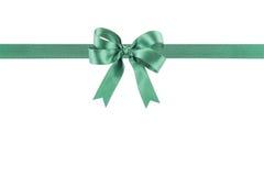 与弓的绿色丝带 免版税图库摄影