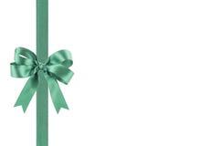 与弓的绿色丝带 库存照片