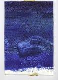 与录音的边缘的生动的蓝色水彩纹理 库存图片