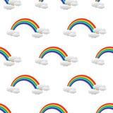 与彩虹和云彩的无缝的样式 库存照片