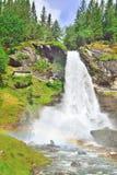 与彩虹的Steinsdalsfossen瀑布 免版税图库摄影
