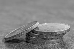与德国词的被堆积的欧洲硬币-团结和法律和自由 免版税库存图片