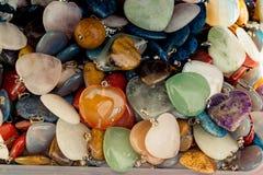 与心形的宝石的爱概念 免版税库存图片