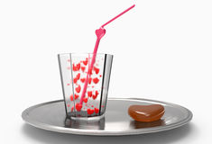 与心脏和巧克力的饮料 图库摄影
