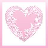 与心脏和玫瑰的透雕细工花卉框架 激光切口模板 免版税库存图片