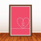 与心脏的华伦泰的海报在木背景 免版税库存图片
