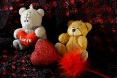 与心脏的玩具熊 库存照片