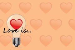与心脏的电灯泡 免版税库存图片