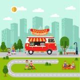 与快餐搬运车的城市风景 免版税库存图片