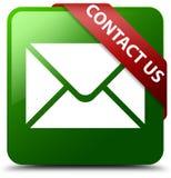 与我们联系电子邮件象绿色正方形按钮 库存图片