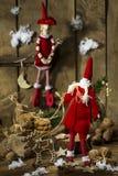 与手工制造玩具的圣诞夜传说 免版税库存照片