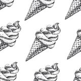 与手拉的冰淇凌的无缝的样式 库存照片