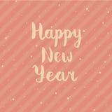 与手拉的字法的新年快乐在红色背景的卡片和星 库存例证