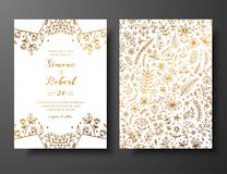 与手拉的枝杈、花和brahches的金黄传染媒介婚礼邀请 婚姻的金黄植物的模板 库存照片