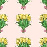 与手拉的郁金香bouqet的无缝的样式 库存照片