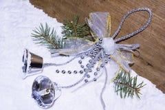 与手铃的圣诞节装饰 免版税图库摄影