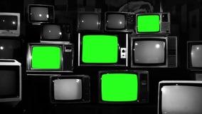 与打开绿色的屏幕的许多电视 黑白口气 徒升 向量例证