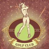 与打高尔夫球的妇女的葡萄酒标签 减速火箭的手拉的传染媒介例证海报高尔夫俱乐部 免版税库存照片