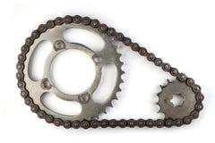 与扣练齿轮的路辗链子摩托车的 库存照片
