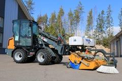 与扫除机的巨型D337T轮子装载者 免版税图库摄影